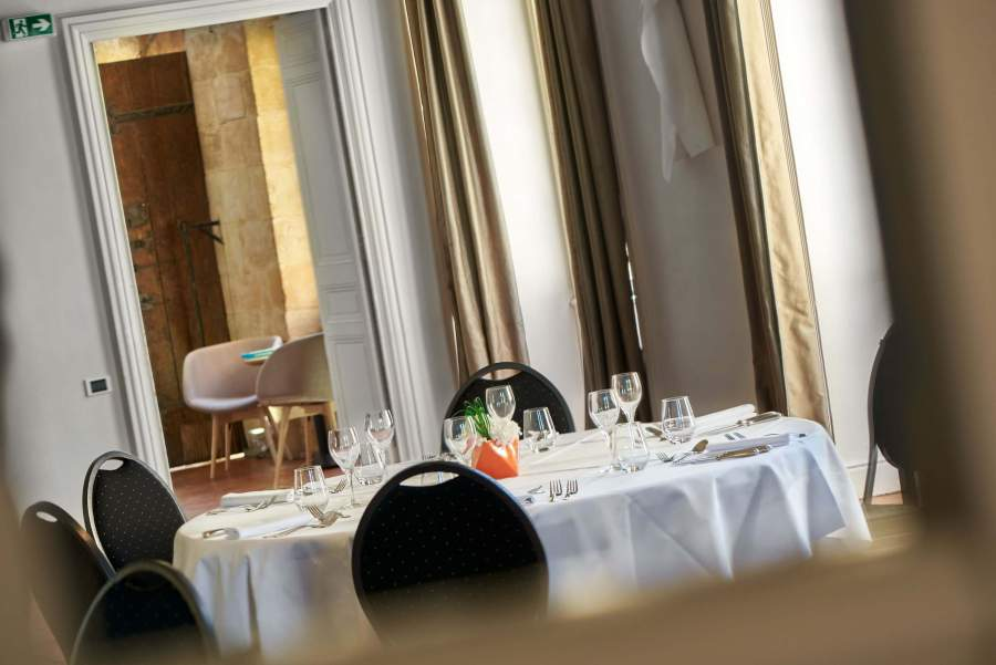 One Michelin Starred Restaurant at Chateau de la Pioline in Aix en Provence